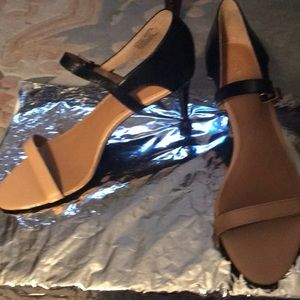 Calvin Klein Size 8 NWT shoes